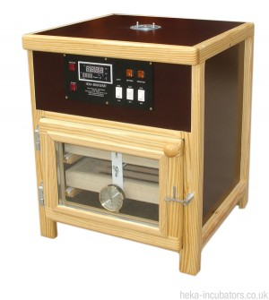 HEKA Standard Raptor and Parrot Egg Incubator/Hatcher
